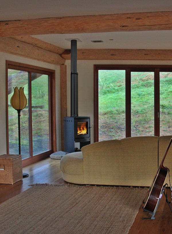 Bosca Spirit 550 Wood Fire in modern log house near Auckland